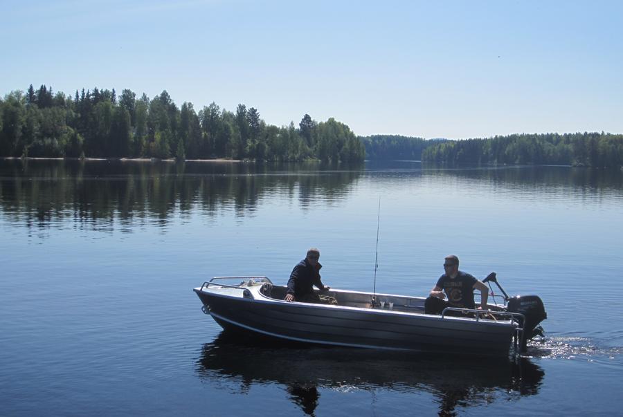 Villa-Sunside-boat.jpg