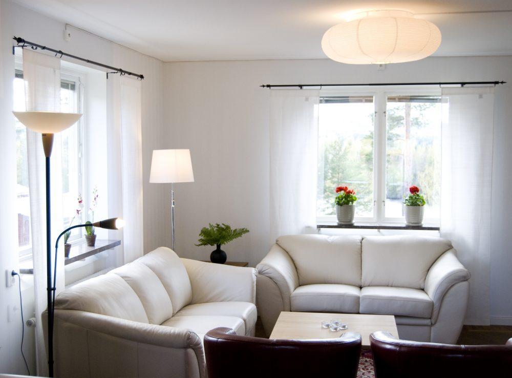 Villa Solsidan vardagsrum